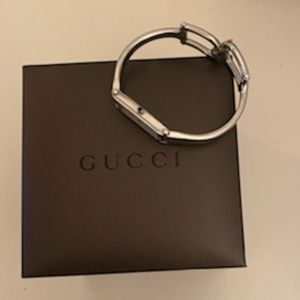 Genuine Boxed GUCCI 1500L Ladies Quartz Watch